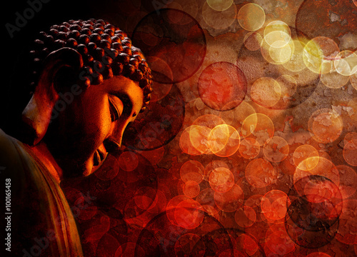 Spoed Foto op Canvas Zen Bronze Red Zen Buddha Statue Meditating