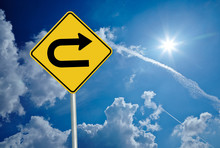 """Energiewende 33 / Schild """"U-Turn"""", Himmel Und Sonne"""