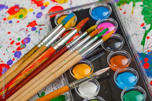Fototapeta Brushes, paints, pencils for drawing obraz na płótnie