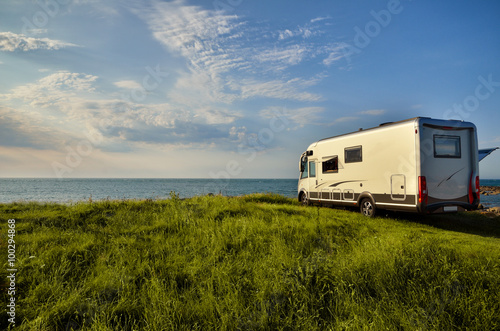 Photo  Recreational vehicle in a meadow