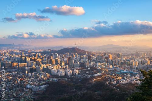Photo sur Aluminium Seoul Korea,Sunset of Seoul City Skyline.