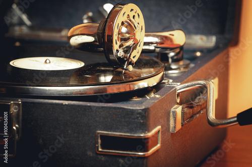 stary-gramofon