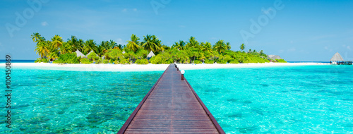 Photo Stands Turquoise Luxury holidays.