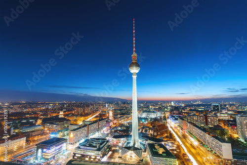 Foto op Canvas Berlijn The Television Tower in Berlin at night