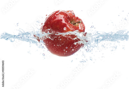 Poster Eclaboussures d eau apple falling or dipping in water with splash