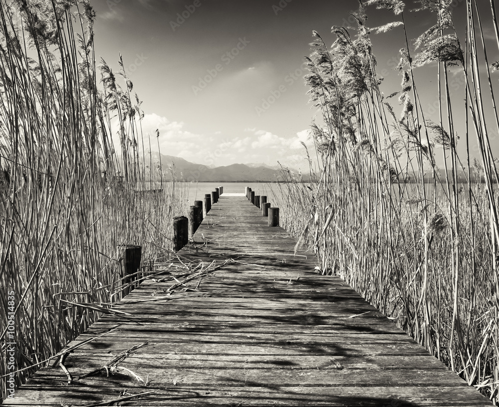 Fototapeta old wooden jetty