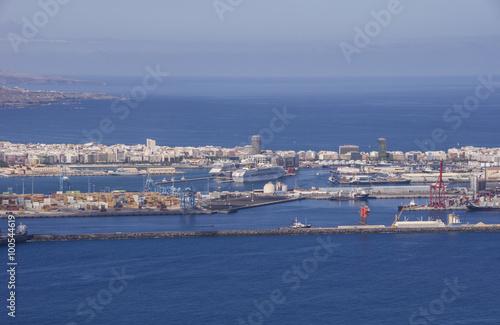 Vista parcial del Puerto de Las Palmas de Gran Canaria.