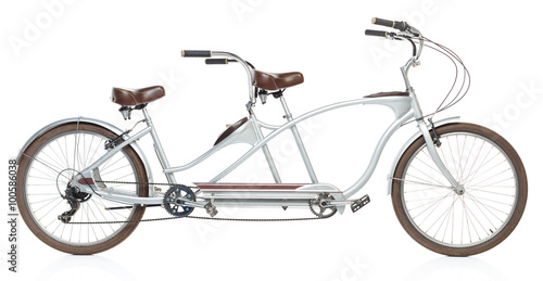 In de dag Fiets Retro styled tandem bicycle isolated on a white