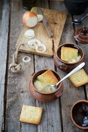 Fotobehang Zuivelproducten French onion soup