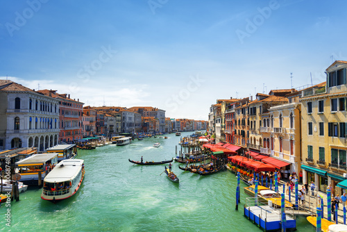 Photo  Beautiful view of the Grand Canal from the Rialto Bridge, Venice