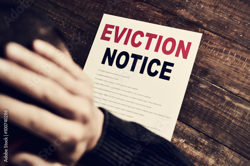Cuadros en Lienzo young man who has received an eviction notice