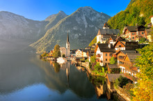 Hallstatt Alpine Village On A ...