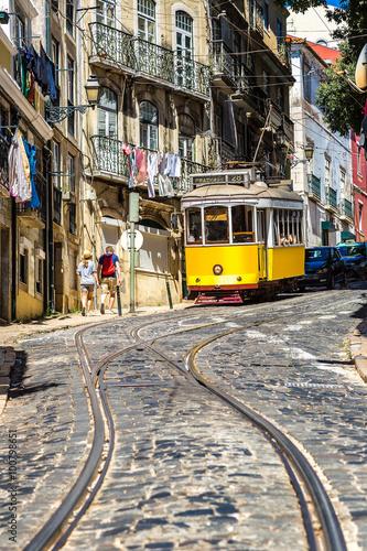 Fotografie, Obraz  Lisbon tram