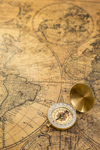 Fotografie, Obraz  old compass  on vintage map