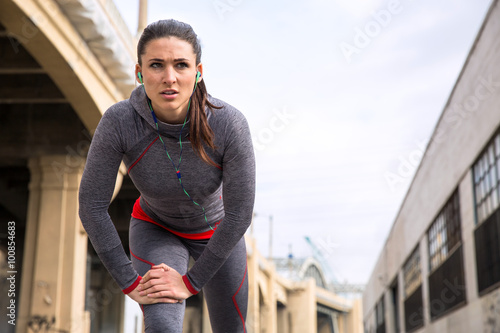 Fotografiet  Determination conviction strength powerful expression woman athlete exercise str
