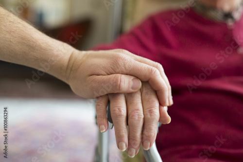 Photo Helping the Elderly