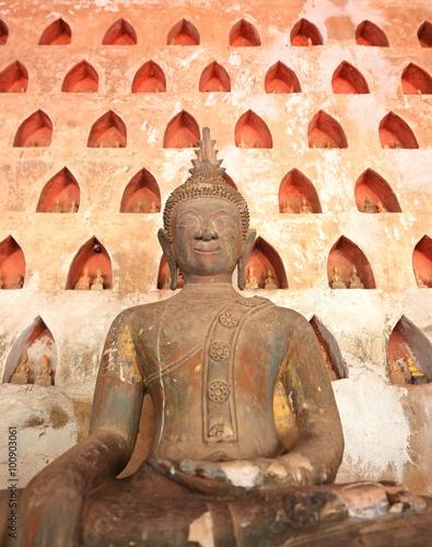 Fotografie, Obraz  Wat Sisaket-buddhové, Laos