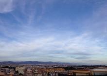 Vista Panoramica Del Aeropuerto Y La Ciudad