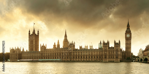 Fotografie, Obraz  Dům parlamentu