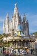 Templo Expiatorio de España y carrusel en el Tibidabo, Barcelona