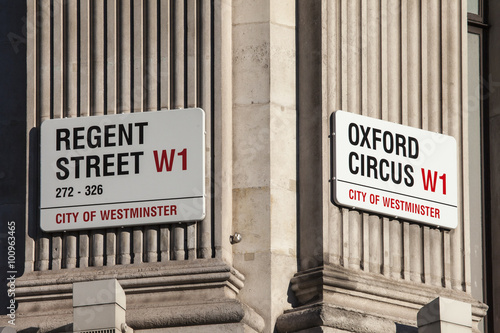 Photo  Regent Street and Oxford Circus in London