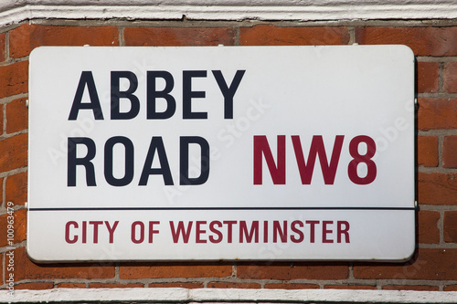 Photo  Abbey Road Street Sign