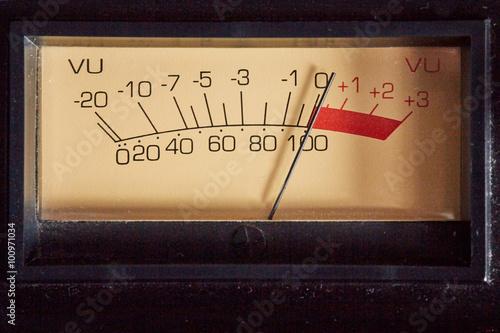 Fotografía  Analógico indicador de volumen del equipo de audio