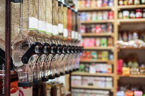 Photo Healthy organic food in bio shop, interior