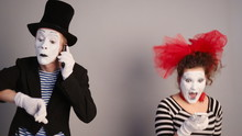 Mimes Call Each Other
