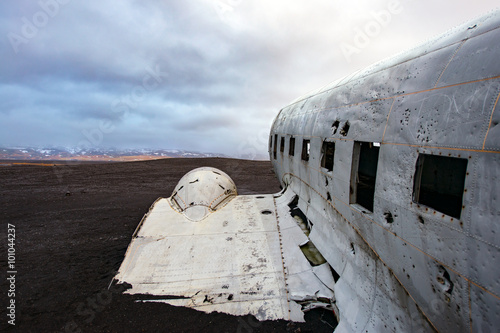 Photo  Crashed plane in south iceland near vic