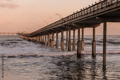 Foto op Plexiglas Napels Long view of Ocean Beach fishing pier in San Diego, California.