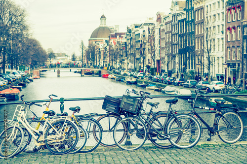 Fototapety, obrazy: Amsterdam canal and bicycles