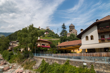 Fototapeta na wymiar Monastero di Sabiona, Kloster Säben, Chiusa, Klausen, Valle Isarco, Bolzano, Trentino Alto Adige, Italia