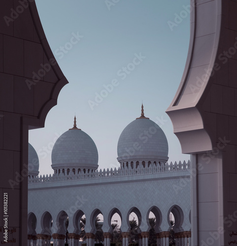 Fotobehang Monument Mosque in Abu Dhabi