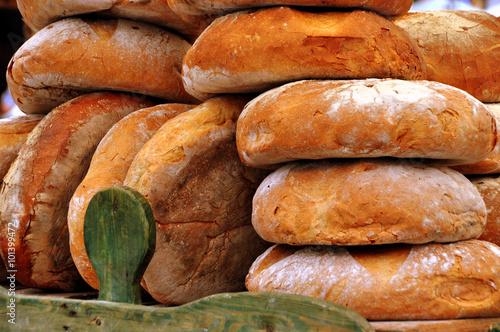Photo  Krakau - frisches Brot auf dem Markt