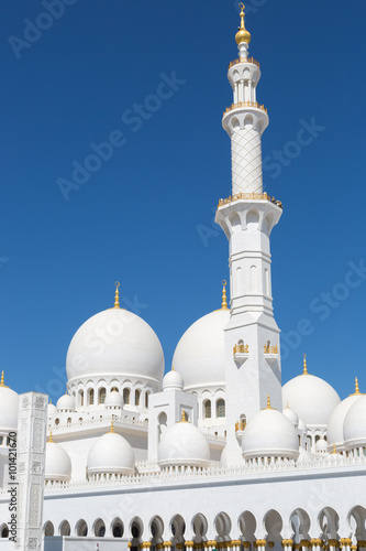 The beautiful Grand Mosque in Abu Dhabi in a sunny day at the United Arab Emirates
