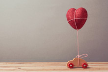 Heart Shape Balloon And Car To...
