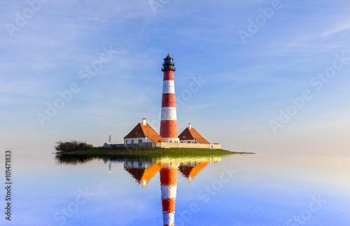Fototapeten Leuchtturm Flut am Leuchtturm