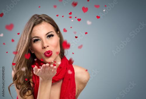 Valokuva  woman to blow kisses