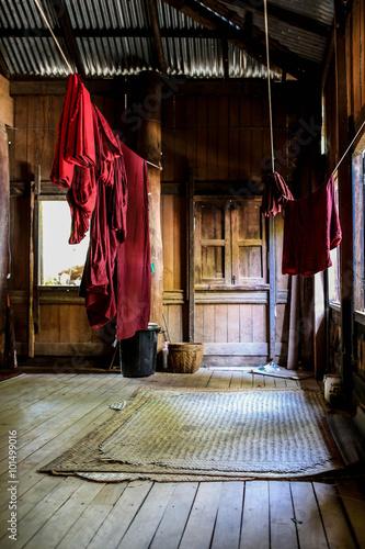 Valokuvatapetti Monks laundry room