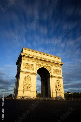 Papiers peints Paris Arc de Triomphe at Sunset, Paris