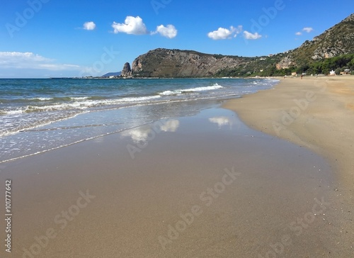 Valokuva  Пустынный пляж