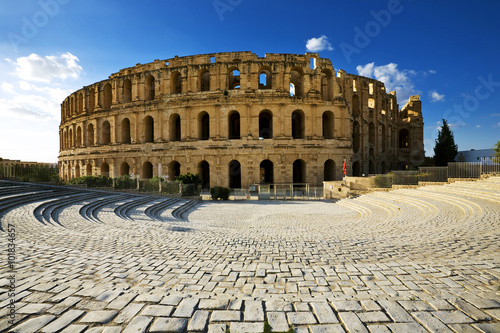 Foto auf AluDibond Tunesien Tunisia. El Jem (ancient Thysdrus). Ruins of the largest colosseum in North Africa