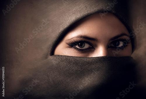 Fototapeta Young arabian woman in hijab. Toning obraz
