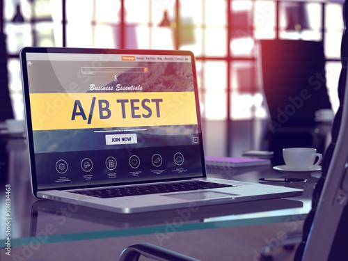 Cuadros en Lienzo  AB Test Concept on Laptop Screen.