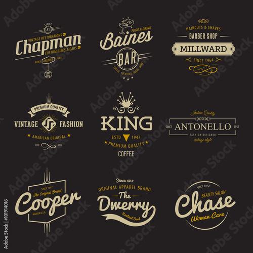 Vintage etykiety wektorowe. Szablony ustawione na banner, insygnia, projektowanie logo marki biznesowej.
