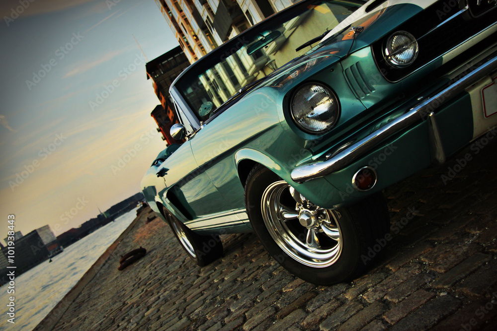Fototapety, obrazy: Shelby Replica of the Mustang 350 in the setting sun