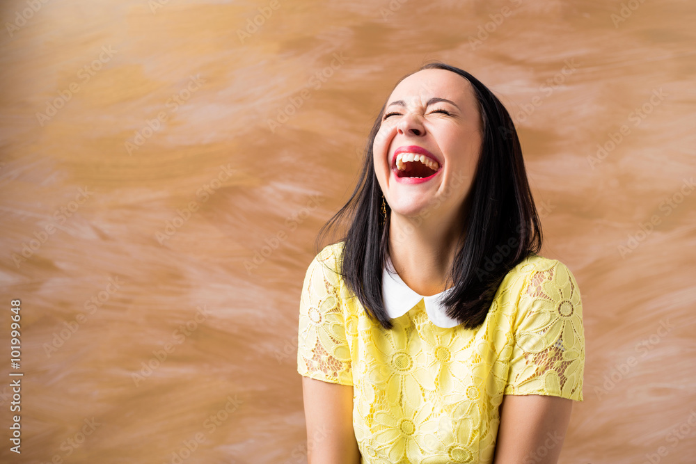 Fototapety, obrazy: Portrait of woman laughing
