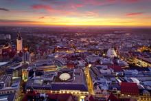Leipzig Panorama Mit Rathaus Und Thomaskirche Zum Sonnenuntergang