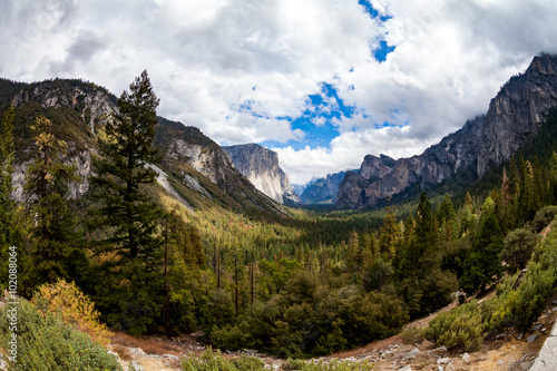 Fotobehang Natuur Park El Capitan in Yosemite National Park, California